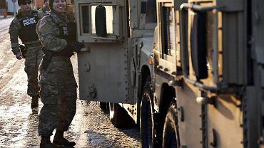 Powitanie żołnierzy amerykańskiej Pancernej Brygadowej Grupy Bojowej  w Czarnej Dywizji w Żaganiu