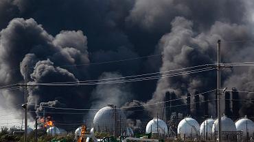 Eksplozje w zakładach petrochemicznych w Port Neches