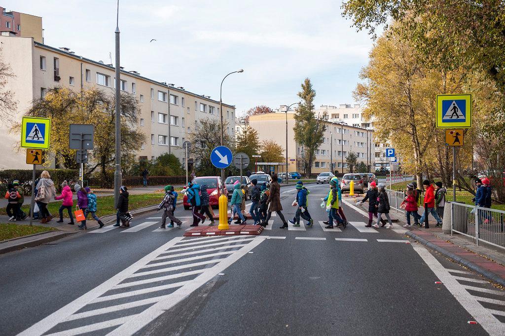Przejście dla pieszych przy ul. Jana Olbrachta