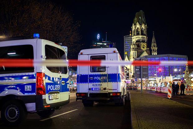 Policja ewakuowała jarmark bożonarodzeniowy na Breitscheidplatz w Berlinie