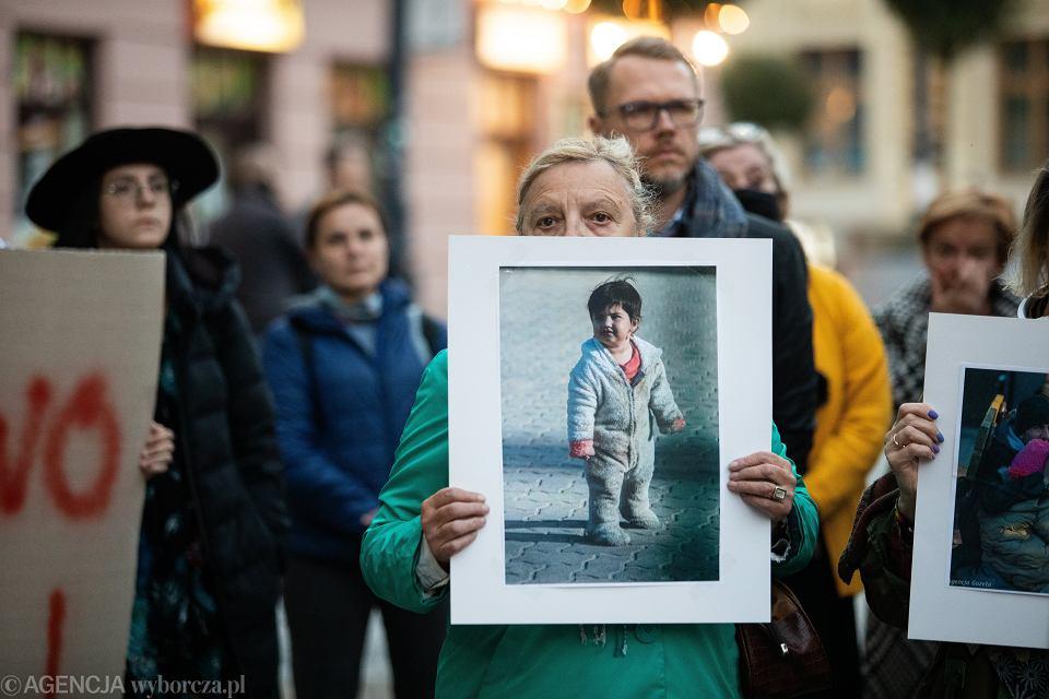 Lublin. Niemy protest przed siedzibą PiS (5.10.2021 r.)