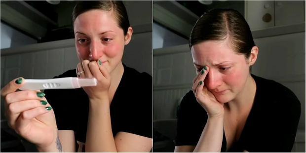 """Ból głowy, przemęczenie, """"woda"""" z nosa. Czy ciąża może się zaczynać jak zwykłe przeziębienie?"""