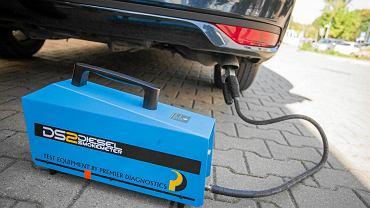 Urządzenie do pomiaru emisji spalin i hałasu