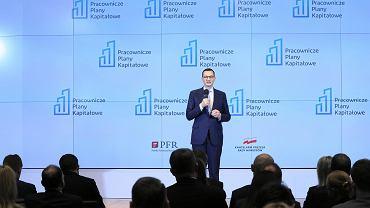 Premier rządu PiS podczas konferencji prasowej dot. Pracowniczych Planów Kapitałowych. Warszawa, GPW, 8 stycznia 2019