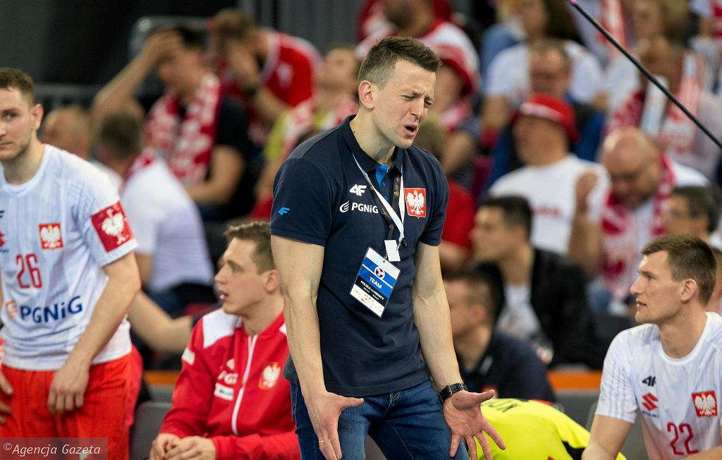 Selekcjoner reprezentacji Polski w piłce ręcznej Patryk Rombel podczas meczu z Niemcami