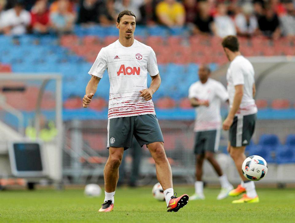 Manchester United kupi Pogbę z samej sprzedaży koszulek