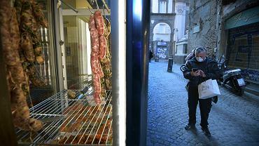Koronawirus we Włoszech. Rząd zadecydował o zamknięciu centrów handlowych, punktów usługowych i restauracji.