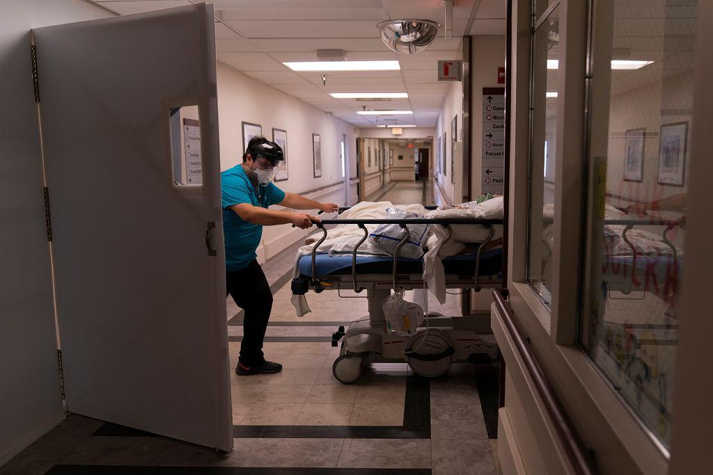 Epidemia koronawirusa - zdjęcia z USA