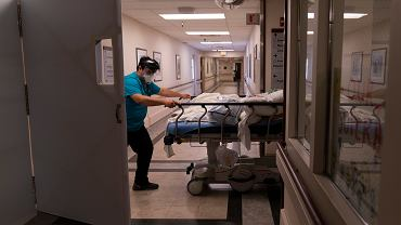 Ponad 60 proc. hospitalizacji z powodu COVID-19 ma związek z czterema chorobami