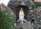 Dwóch 18-latków zniszczyło figurkę Matki Boskiej i ogrodzenie parafii