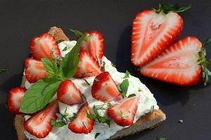 Blogerzy polecają: przepisy z truskawkami