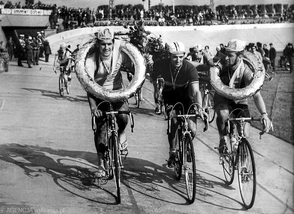 Zygmunt Hanusik (pierwszy z prawej) w najlepszych czasach. Z lewej Ryszard Szurkowski