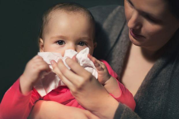 Domowe sposoby na katar u dziecka
