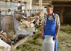 """Rolnicy nie dostaną już wcześniejszych emerytur z KRUS. """"Mieszkańcy wsi nie mogą uwierzyć, że PiS aż tak ich oszukało"""""""