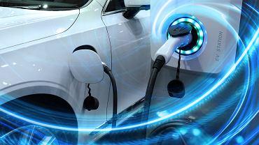 Ładowanie samochodu elektrycznego