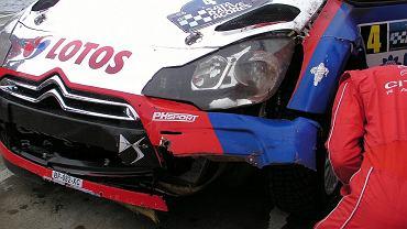 Samochód Roberta Kubicy był w kiepskim stanie po wypadku na trasie 11 OS-u