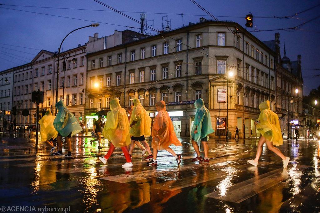 Deszcz w Krakowie (zdj. ilustracyjne)