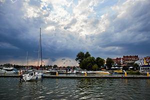 Prywatna działka Lewandowskiego nad jeziorem? Możesz na niej wysiąść z łódki. Przepisy, o których mało kto wie