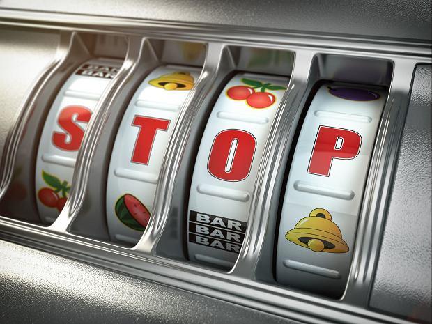W hazardzie uzależniają emocje, które odczuwa się podczas gry