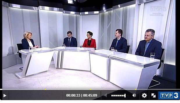 Program Ring w TVP Gorzów. Poseł i wiceminister gospodarki morskiej Jerzy Materna i posłanka PO Katarzyna Osos,  poseł Artur Zasada (PiS) i radny Czesław Fiedorowicz (PSL)