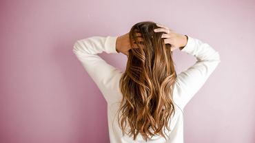 Sposoby na gęste włosy