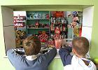 """Dzieci wydają miesięcznie 285 mln złotych. """"Córka jak ma coś kupić, to wybierze drożdżówkę''"""