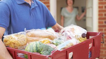 Codzienne zakupy online z dowozem - coraz więcej firm na polskim rynku.