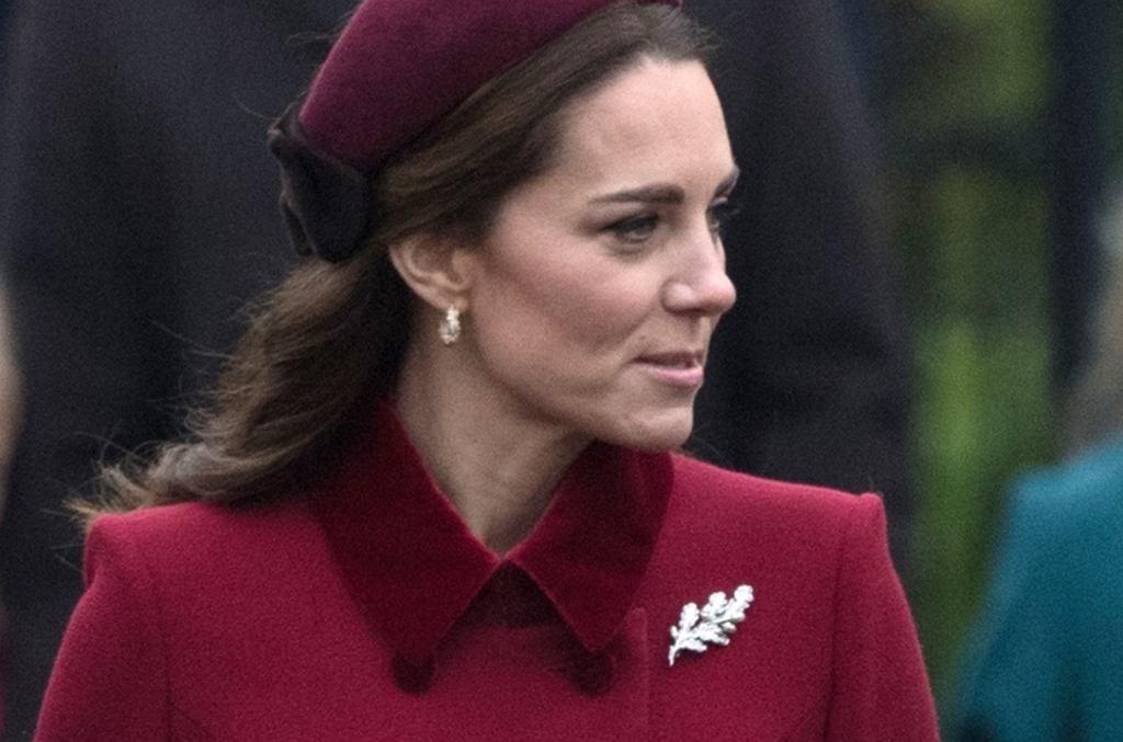 Księżna Kate w drodze na świąteczną mszę