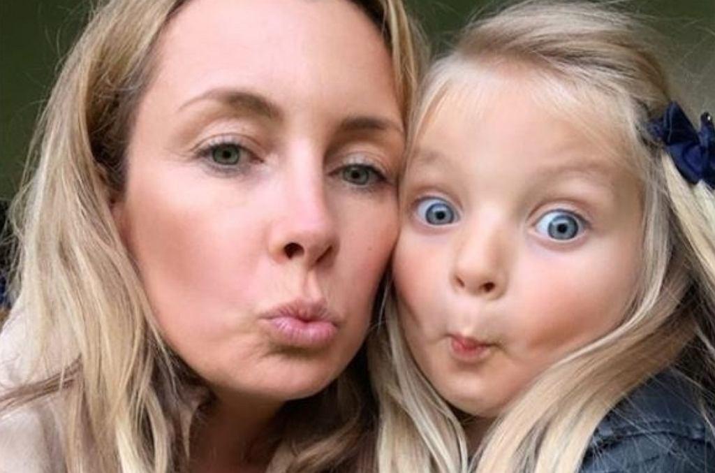 Karolina Ferenstein-Kraśko z córką