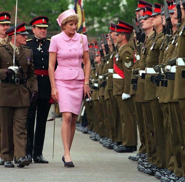 HRH PRINCESS OF WALES  (HRH Princess Diana)  Inspecting the troops at  Howe Barracks in Canterbury,  Kent, where she presented the  Princess of Wales' Royal Regiment  with their new Colours  COMPULSORY CREDIT: UPPA/Photoshot Photo  UB 009571/A      20.05.1995