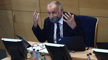 Małopolscy radni posłuchali abp. Jędraszewskiego i uchwały anty-LGBT nie uchylili