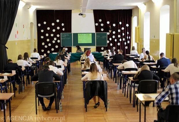 Matura 2018. Egzamin z języka polskiego na poziomie podstawowym to jeden z obowiązkowych egzaminów.