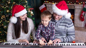 Kolędy dla dzieci - które świąteczne utwory uwielbiają najmłodsi?