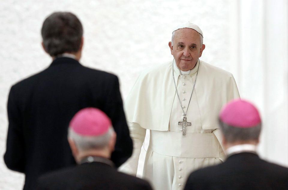 Nie wiadomo, dlaczego nie doszło do spotkania Dalajlamy z papieżem Franciszkiem