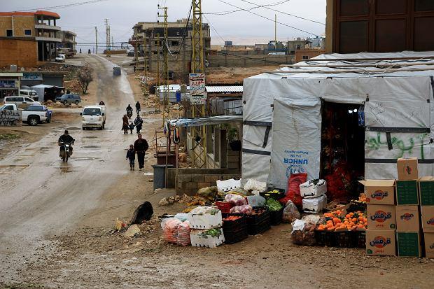 Sklep obok jednego z obozów uchodźców w Arsalu