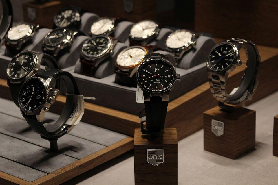 Moto zegarek Oris sygnowany podpisem Roberta Kubicy w sklepie Timeless w Gdyni