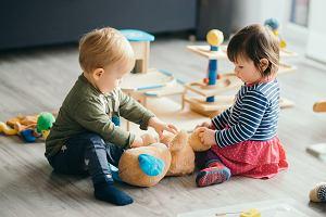 Zabawy z dwulatkiem - w domu i na świeżym powietrzu