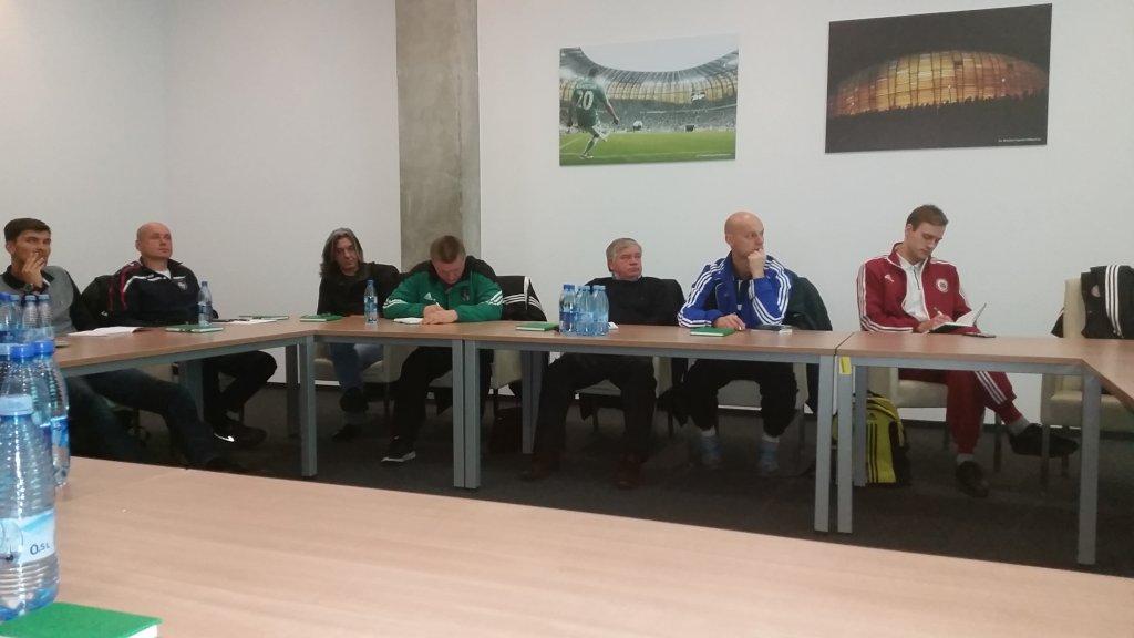 Przedstawiciele łotewskiej federacji podczas spotkania na Stadionie Energa Gdańsk