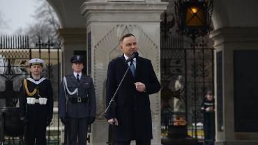 JWreczenie w Warszawie sztandaru Pulkowi Reprezentacyjnemu Wojska Polskiego