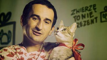 Kadr ze spotu z udziałem Miśka Koterskiego