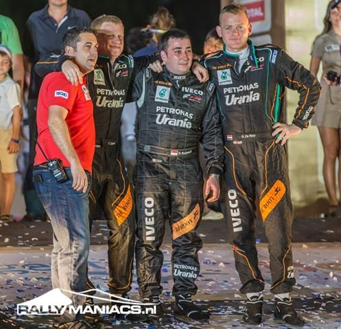 Dariusz Rodewald (drugi z prawej) jest jedynym Polakiem w historii, który zwyciężył Rajd Dakar