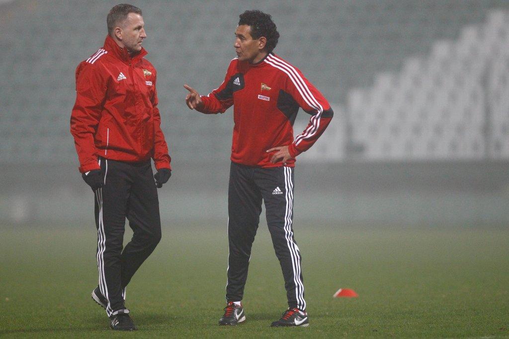 Tomasz Unton (z lewej) w towarzystwie byłego, a może także przyszłego trenera Lechii Ricardo Moniza
