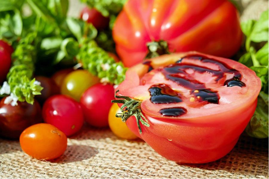Owoce i warzywa, które warto jeść jesienią