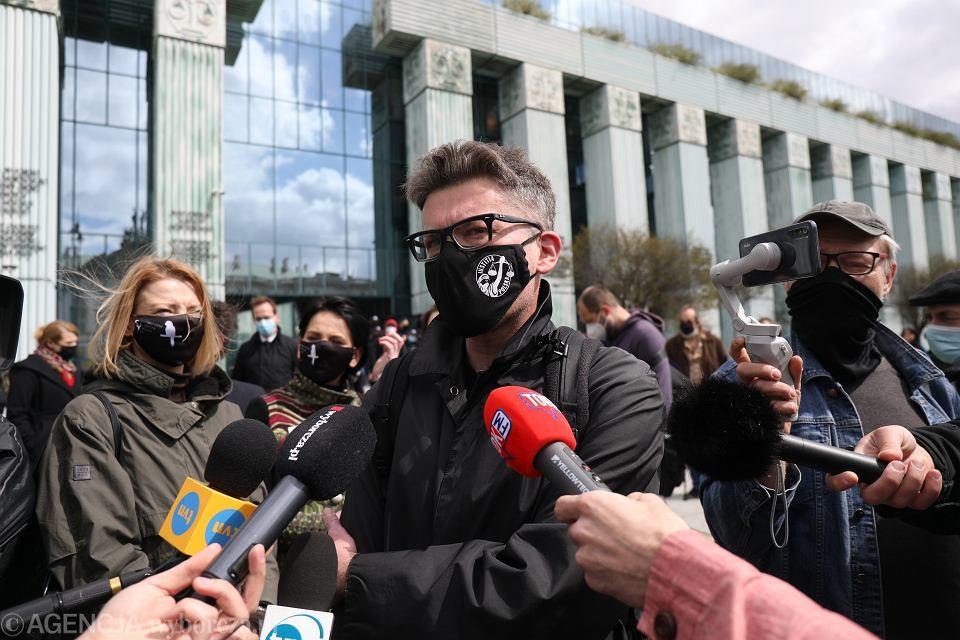 22.04.2021, Warszawa, sędzia Igor Tuleya przed Sądem Najwyższym