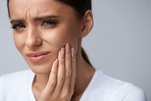 Suchy zębodół - przyczyny, objawy, leczenie