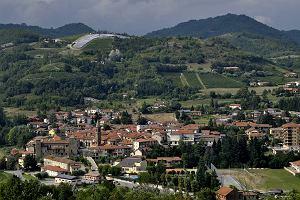 """2000 euro """"na start"""" i niski czynsz za przeprowadzkę do włoskiego miasteczka? Burmistrz dementuje"""