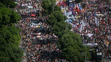 Antyrządowe protesty w Brazylii