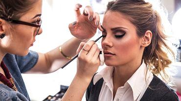 Makijaż - trendy na jesień 2019. Jaki make up będzie najbardziej modny? Lista 5 największych hitów