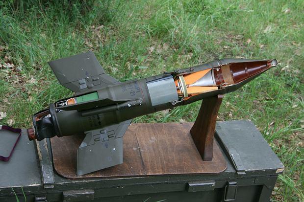 Makieta szkoleniowa pocisku Malutka
