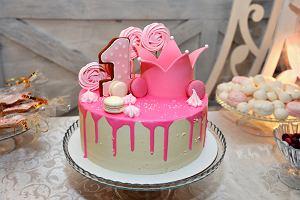 Tort na roczek dla dziewczynki i dla chłopca, jaki tort wybrać